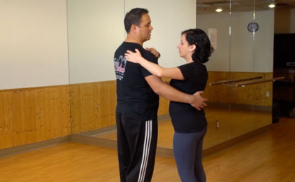 hand position when leading in salsa